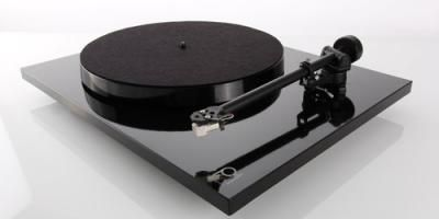 REGA PLANAR 1- Turntable/Cartridge